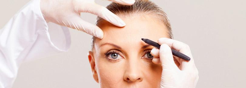 Vorbereitung für ein Stirnlifting