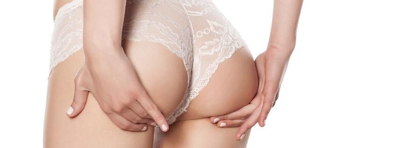 Po-Vergrößerung mit Implantaten oder Eigenfett